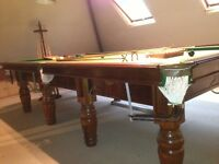 10ft X 5ft Mahogany Snooker Table, 8 Legs, 5 Slate Bed