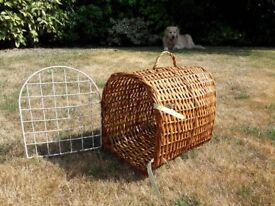 Pet carrier - for small cats, rabbits, guinea pigs and other animals
