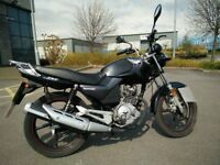 Lexmoto 125 with L plates, less than 3 years old. Low millage.