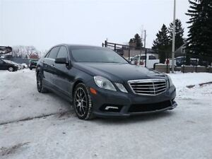2011 Mercedes-Benz E-Class E550 5.5L V8 AWD!! Fully Loaded!! Dua