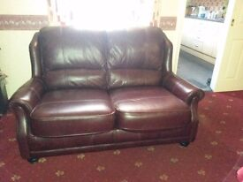 Very good quality brown leather sofa, vgc