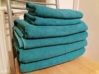 Ikea bathroom bundle: matching towels,shower curtain etc.