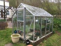 Second hand greenhouse