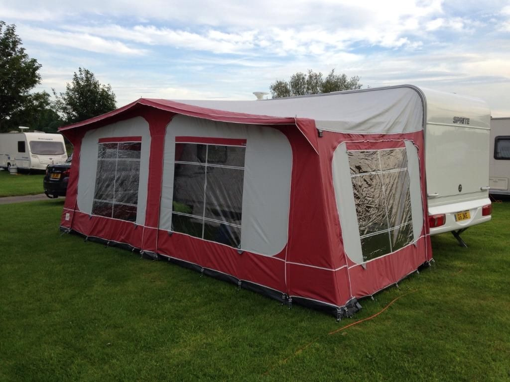 Pyramid Tuscany Awning 975 1075 Red With Curtains And Ground Sheet