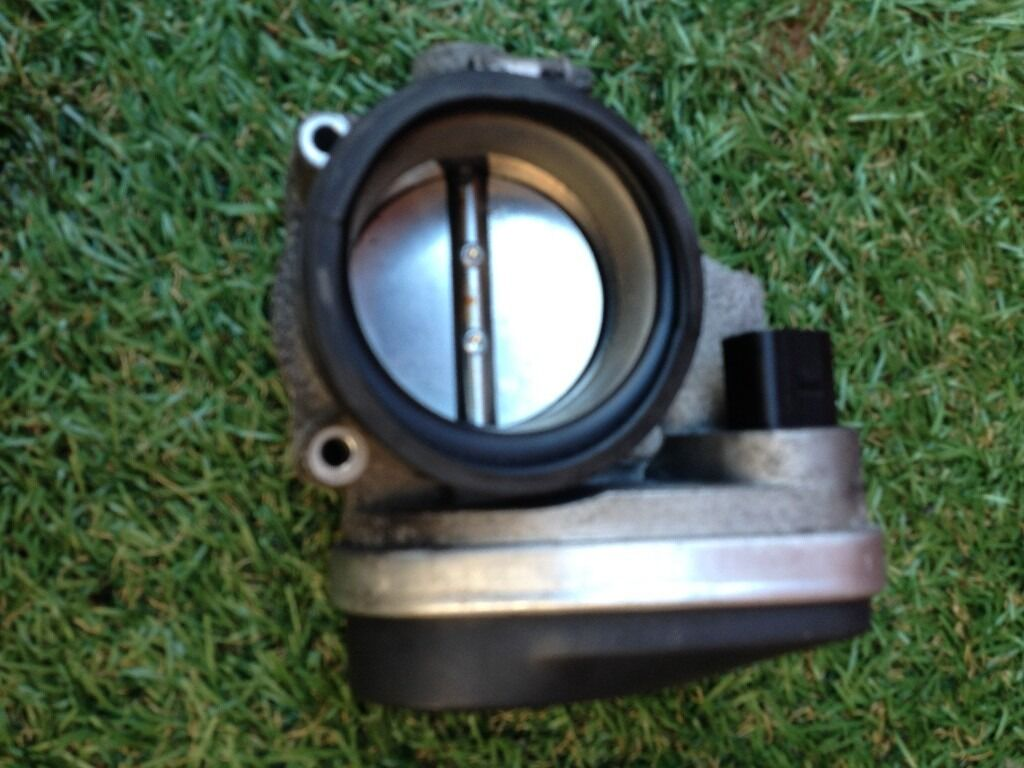 *** 2004 BMW 316 TI E46 Compact Throttle Body*** £20