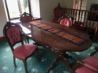 Dining Room table and 6 chairs good condition