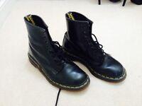 Dr Marten Black boots size 6
