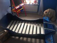 Airplane toodler bed