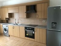 2BEDROOM FLAT TO RENT ** IDEAL FOR WORKING PROFESSIONALS *STRATFORD ROAD* CALL NOW TO VIEW