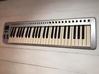 Evolution MK-249C2 USB MIDI keyboard controller.