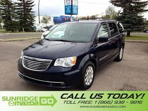2016 Chrysler Town & Country LIKE NEW, LOW KMS, 7 PASSENGER, REA