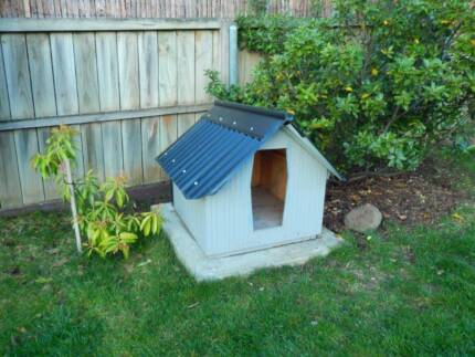 Solid wooden dog kennel Rosny Clarence Area Preview