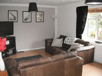 LARGE FULLY FURNISHED DOUBLE BEDROOM TO LET, £90 PER WEEK FULLY INCLUSIVE