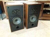 B&w dm10, classic vintage speakers.