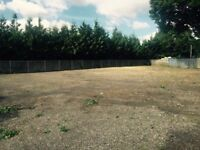 OPEN HARD STANDING VEHICLE STORAGE YARD W/ OFFICE FOR RENT - SURREY - NEAR JUNCTION 11/M25