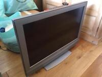 """Sony 32"""" Flatscreen TV"""