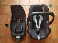 Maxi-Cosi 2WayFix (Isofix) & Pebble Seat black