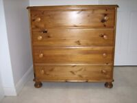 ------------DUCAL PINE CHEST OF DRAWERS-------------