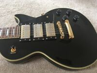 Epiphone Gibson les Paul Black Beauty electric guitar, good condition