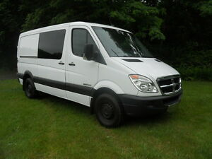 2007-DODGE-SPRINTER-144-MERCEDES-BENZ-TURBO-DEISEL-ALL-POWER-OPTIONS