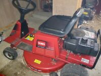 Toro ride on mower 13 / 32 - 13hp 32 inch cut mulching and side discharge