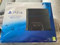 PS4 console 1TB in box