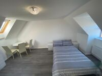 Modern Beautiful and Peaceful Rooms to Rent in Moulton - Large Rooms [All Inclusive]
