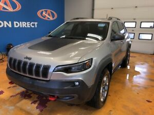 2019 Jeep Cherokee Trailhawk 4X4/ HEATED LEATHER & WHEEL/ PAN...