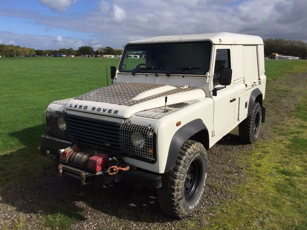 land rover 110 defender hard top puma mobile workshop or change it to what ever you want in. Black Bedroom Furniture Sets. Home Design Ideas