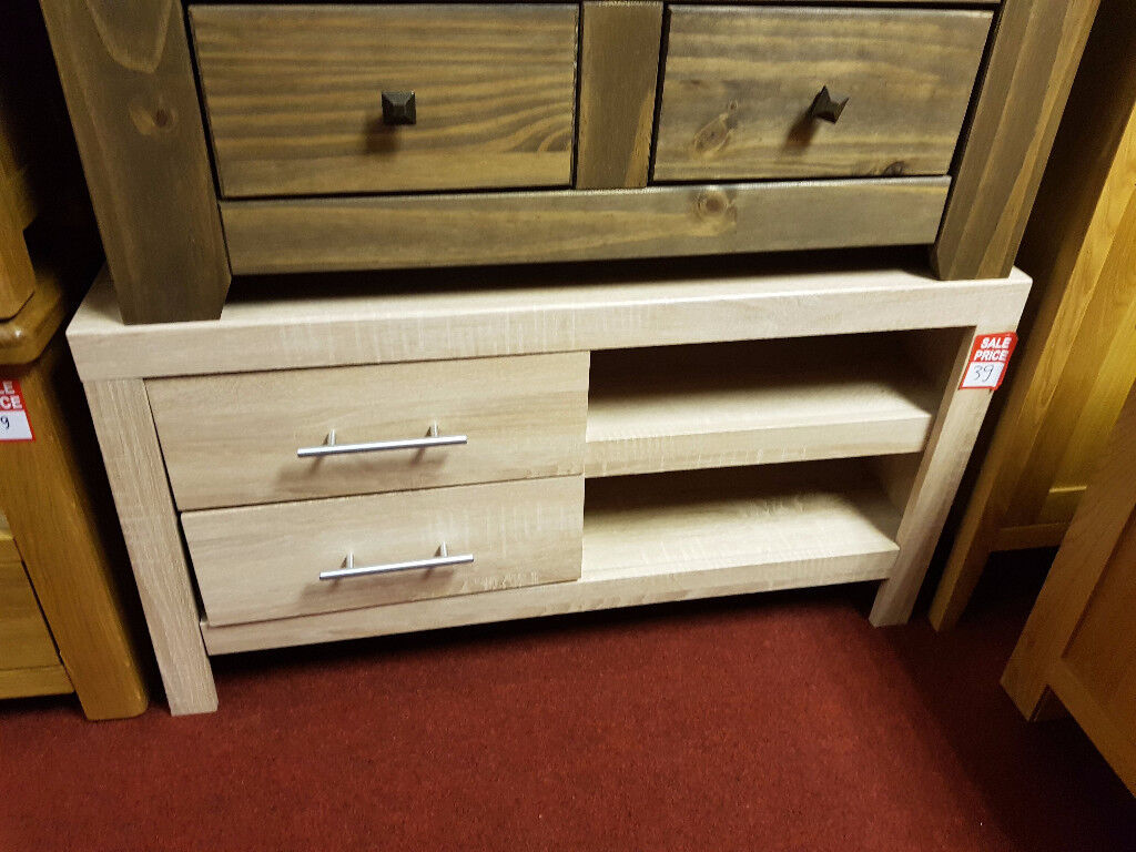 Turnbridge 2 drawer tv unit - Light oak