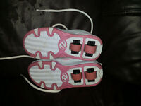 Genuine Heelys Skate / Roller Shoe Shoes Size 3 Excellent Condition Hardly Worn Pink White