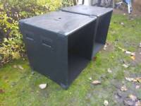 Bass bins 300wrms