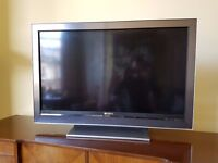 "SONY BRAVIA 40"" LCD TELEVISION WITH BUILT IN FREEVIEW"