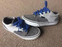 VANS - A pair a boys genuine Vans shoes in size 2