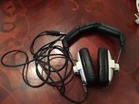 DT100 SENHEISER Headphones