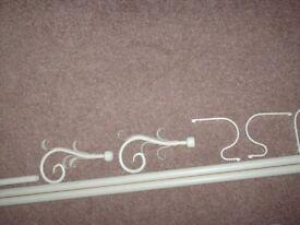 Laura Ashley Cream Curtain Pole