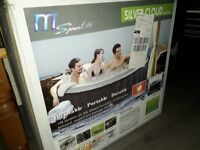 Pop-Up Hot Tub, new boxed, buyer collects