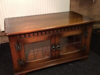Oak TV table with cupboard for DVD player etc. Very good condition.