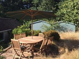 4-6 Seater Garden teak Table & Chairs with Parasol, Chair Covers and Table/ Chair Cover!