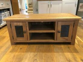 "Lovely Oak TV stand / unit. 120cm. Perfect for 55"" TV"