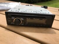 Pioneer head unit cd radio aux