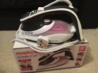 Morphy Richards comfigrip iron