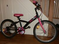Girls Bike. Age up to 9 years.