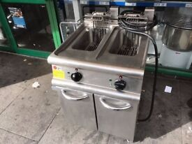 CATERING COMMERCIAL TWIN TANK FRYER FAST FOOD TAKE AWAY CUISINE KITCHEN BAR COMMERCIAL BAR BBQ PUB