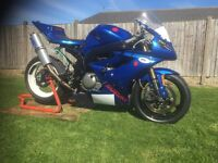 suzuki sv650 supertwin race bike