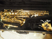 Good Condition old alto Saxophone Second Hand golden with case and equipment Evette Buffet Crampon