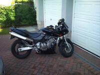 Honda Hornet 600cc (2001 - 13k miles)