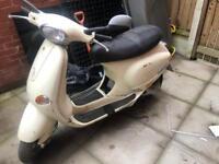 Vespa piaggio et4 125cc spares or repair