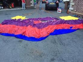Parachute parasails