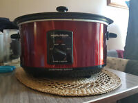 Morphy Richards red slow cooker